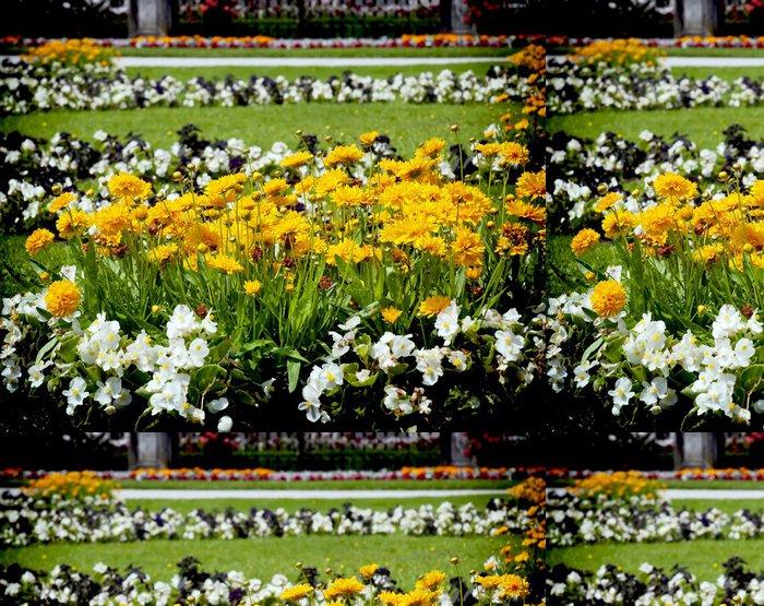 Tapeta Pixerstick Postel s květinami - Květiny