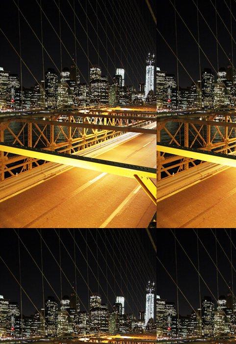 Tapeta Pixerstick Provoz v noci na Brooklyn Bridge, New York - Brooklynský Most