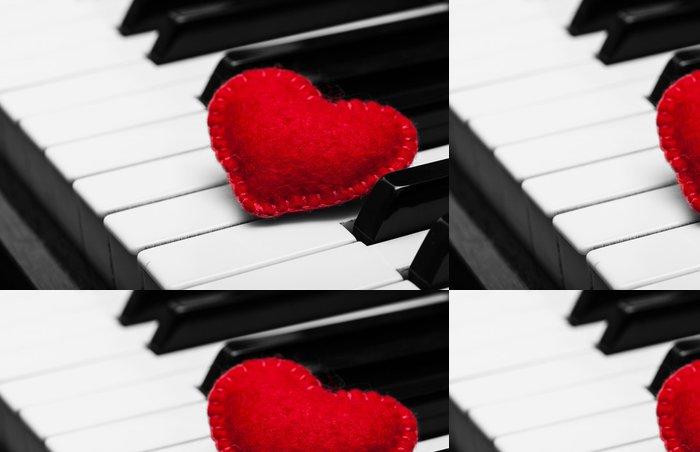 Vinylová Tapeta Red cítil srdce na klávesnici klavíru - Mezinárodní svátky