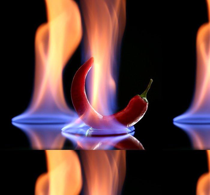 Vinylová Tapeta Red hot chilli v ohni, izolované na černém - Zelenina