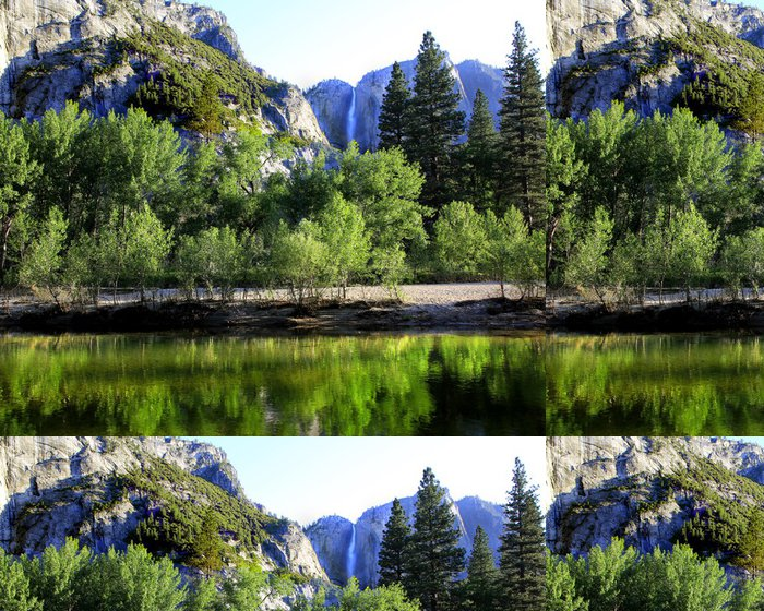 Tapeta Pixerstick River Merced s Yosemite Falls v pozadí - Amerika