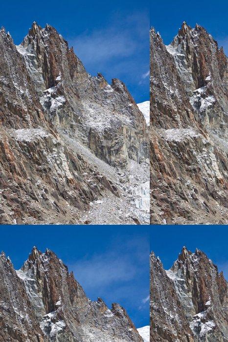 Vinylová Tapeta Rocky Mountain v modré obloze. - Asie