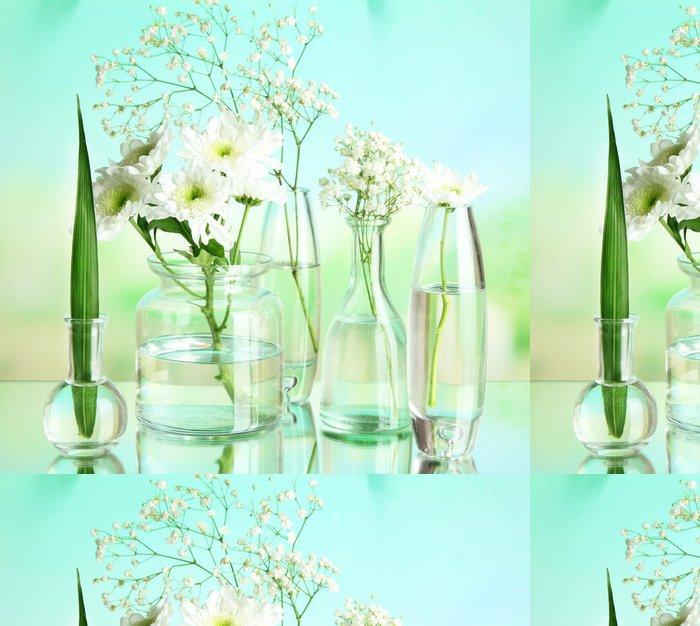 Tapeta Pixerstick Rostliny v různých skleněných nádob na přírodní pozadí - Květiny