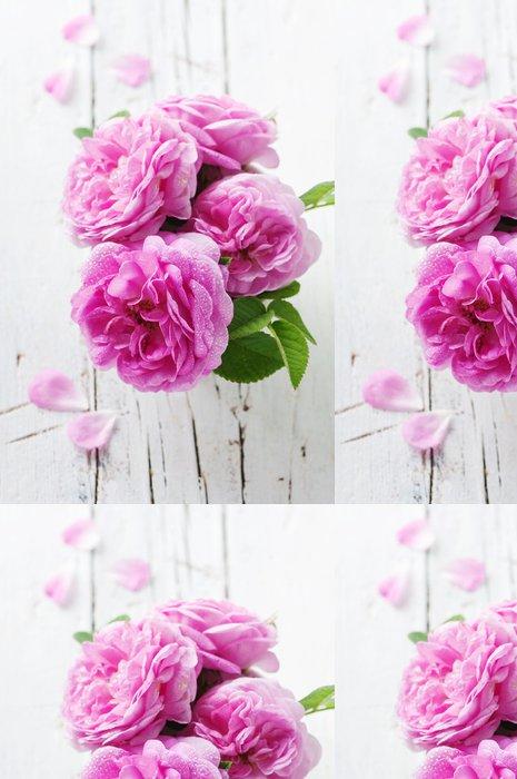 Vinylová Tapeta Růžové růže na dřevěný stůl - Květiny