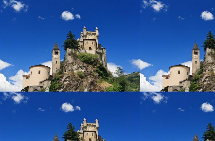 Tapeta Pixerstick Saint Pierre zámek a kostel, Itálie - Evropa