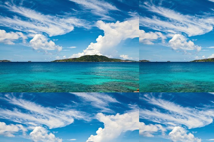 Tapeta Pixerstick Scéna s oblaky a krajina pohled - Voda
