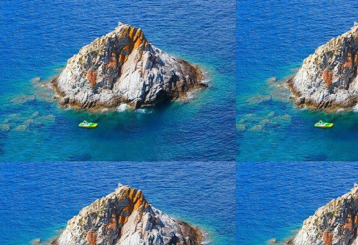 Tapeta Pixerstick Scoglietto Island poblíž Elba Island, Itálie. - Evropa