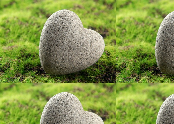 Vinylová Tapeta Šedý kámen ve tvaru srdce, na trávě pozadí - Značky a symboly