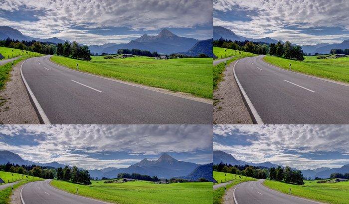 Tapeta Pixerstick Silnice v horské krajině - Témata
