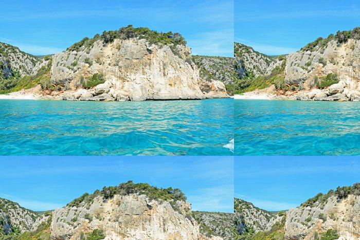 Tapeta Pixerstick Skály a modré moře - Evropa