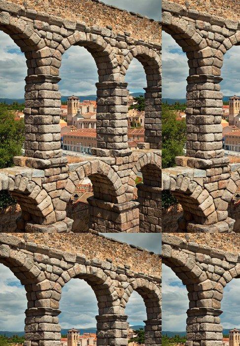 Tapeta Pixerstick Slavný starověký akvadukt Segovia, Španělsko - Evropa