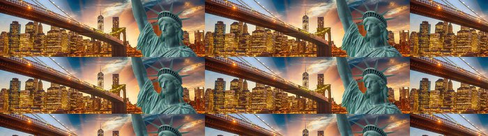 Tapeta Pixerstick Socha Svobody - New York, s Brooklyn Bridge a Manhatta - Město