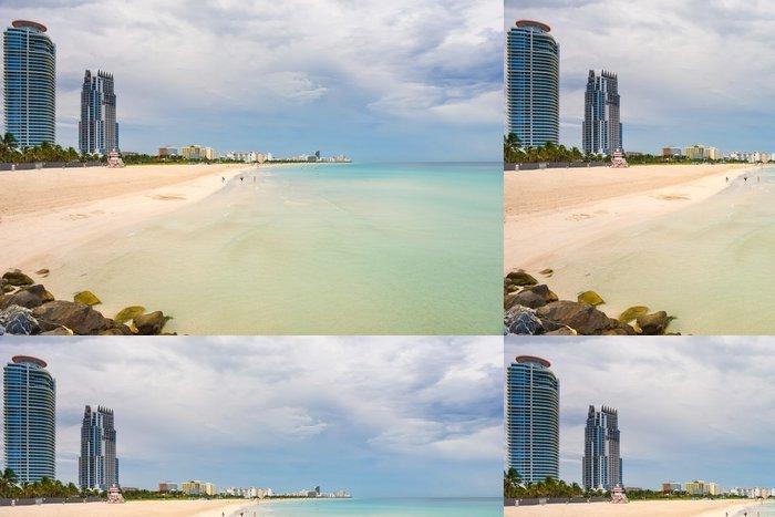 Tapeta Pixerstick South Beach na zatažené obloze, Miami, Florida - Amerika