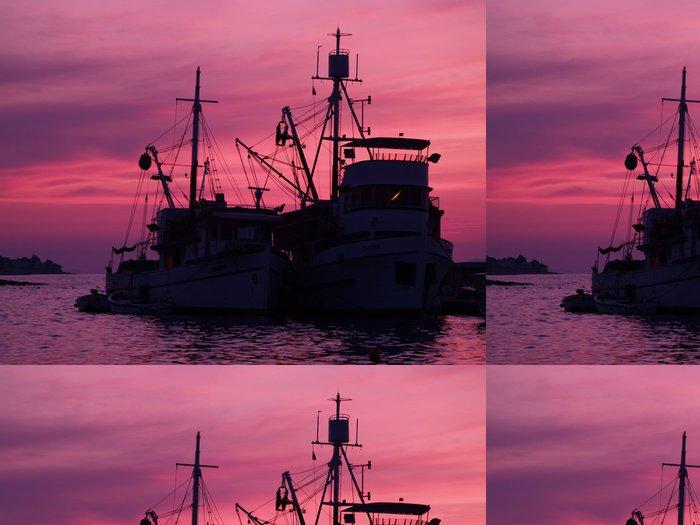 Tapeta Pixerstick Staré rybářské lodi - Outdoorové sporty