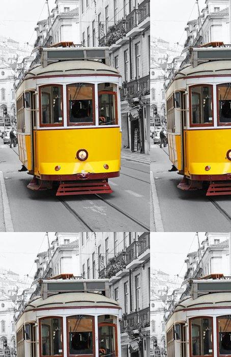 Tapeta Pixerstick Staré žlutá tramvaj v Lisabonu - Evropská města