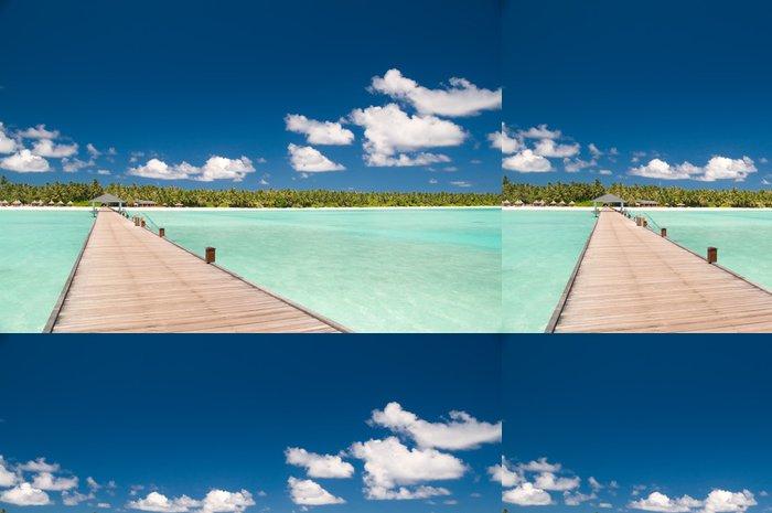 Tapeta Pixerstick Steg zu einsamer Insel - Prázdniny