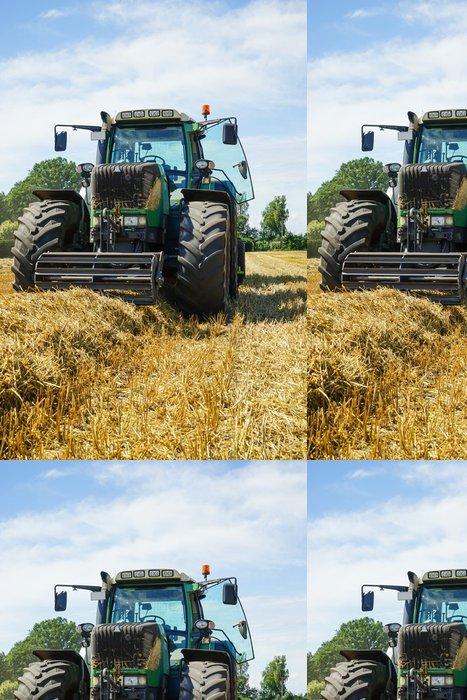 Tapeta Pixerstick Straw sklizeň, traktor před velkou lisu - Zemědělství