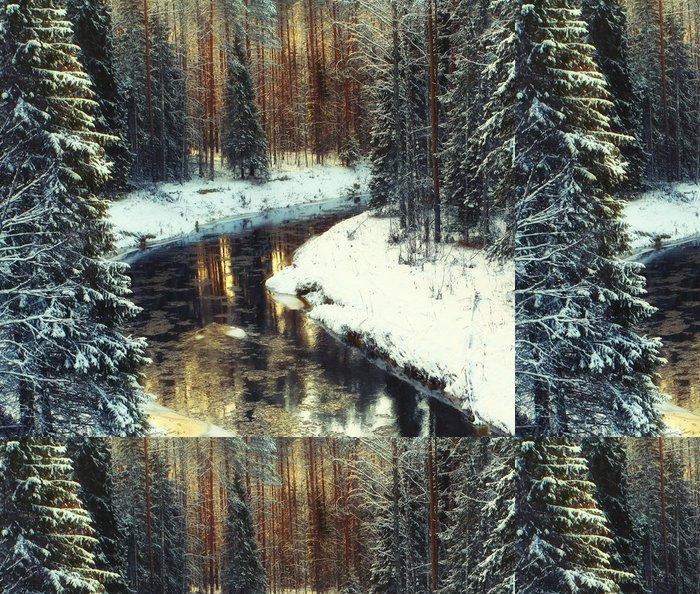 Tapeta Pixerstick Studené zimní lesní krajiny sníh - Prázdniny