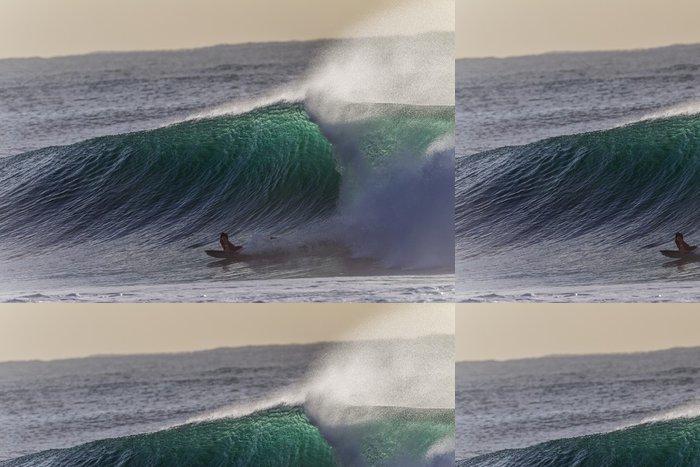 Tapeta Pixerstick Surfování Vlny oceánu Challenge - Zábava