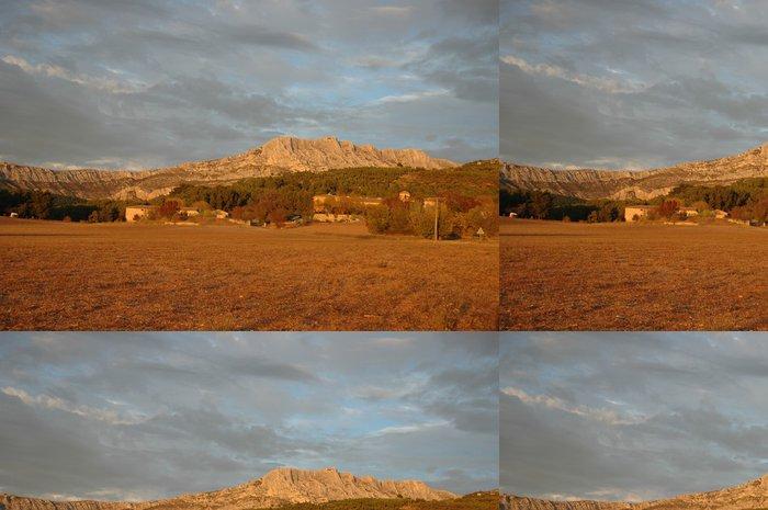 Tapeta Pixerstick Svatá hora vítězství - Roční období