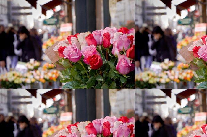 Tapeta Pixerstick Svazek růží prodávané na ulici v Paříži - Criteo