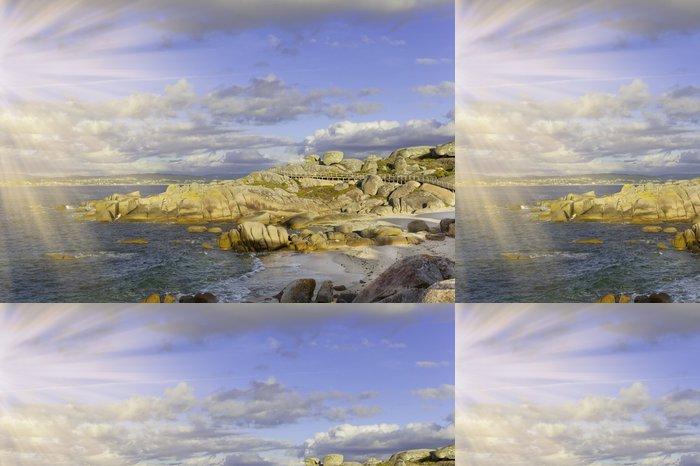 Vinylová Tapeta Světlé oceán kámen pobřeží a modrá obloha - Voda