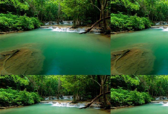 Tapeta Pixerstick Thajsko vodopád v Kanjanaburi (Paradise Mae před) - Příroda a divočina