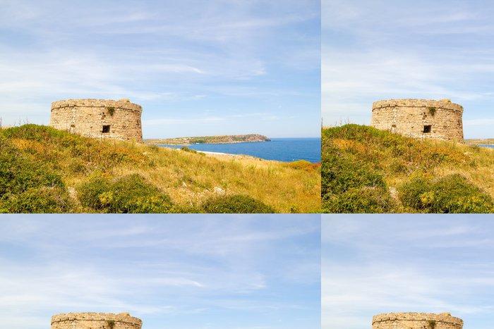 Tapeta Pixerstick Torre d'en Penjat zanedbané pevnost scenérie na Menorce - Evropa