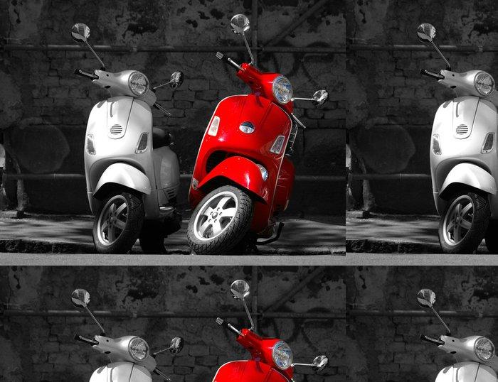 Tapeta Pixerstick Toto jsou dva motocykly ve městě. - Na cestě