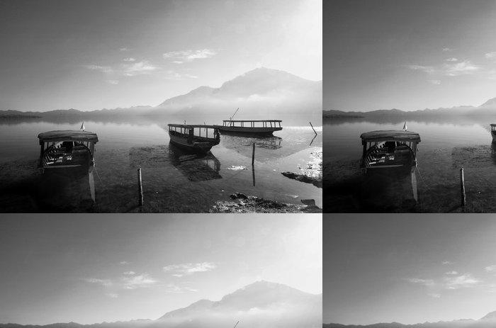 Vinylová Tapeta Tradiční rybář lodě - Lodě