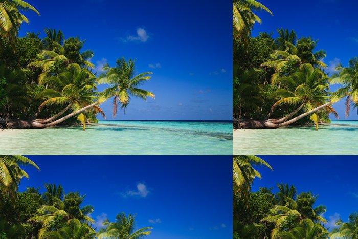 Vinylová Tapeta Tropický ráj na Maledivách - Prázdniny