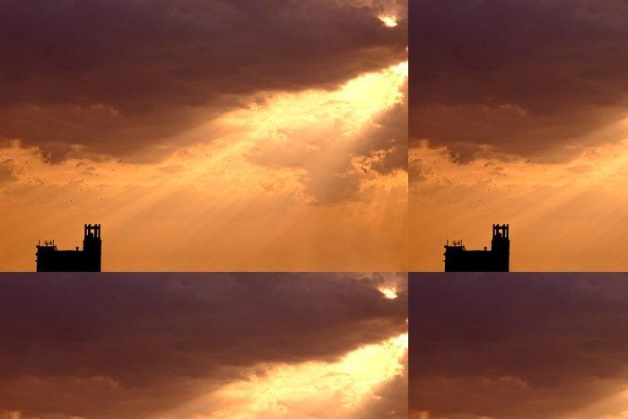 Vinylová Tapeta Umělecké slunce s jasnou oblohu a mraky - Svoboda