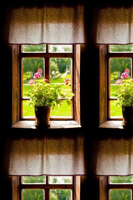 Vinylová Tapeta Váza s květinami na parapetu venkovského domu. - Značky a symboly