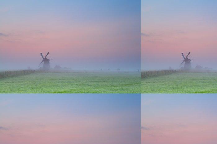 Tapeta Pixerstick Větrný mlýn silueta na slunce oblohu - Roční období