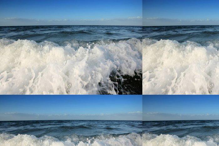 Tapeta Pixerstick Vlny s oblohou - Voda
