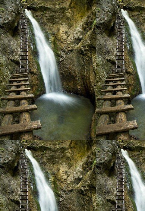 Tapeta Pixerstick Vodopád v Mountain - Slovenský raj - Voda