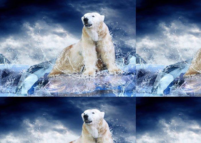 Tapeta Pixerstick White Polar Bear Hunter na ledě v kapky vody. - Styly