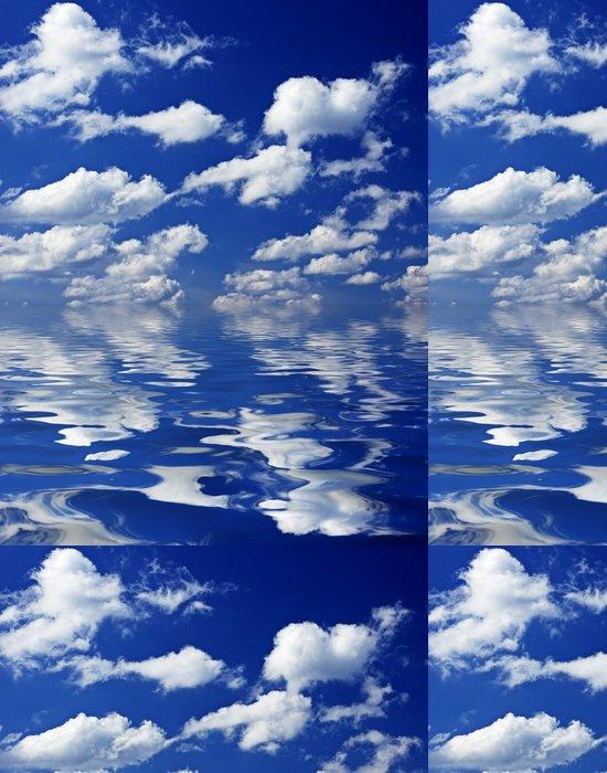 Tapeta Pixerstick Zatažené obloze odráží ve vodě - Nebe