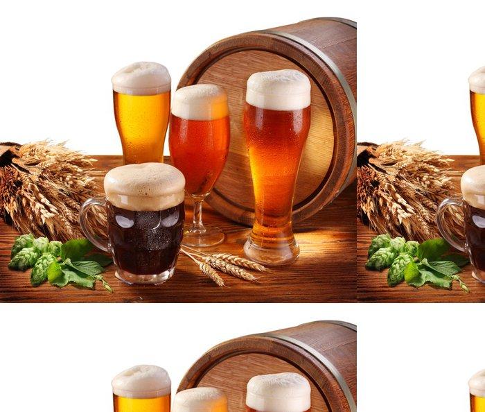 Tapeta Pixerstick Zátiší s soudkem piva - Alkohol