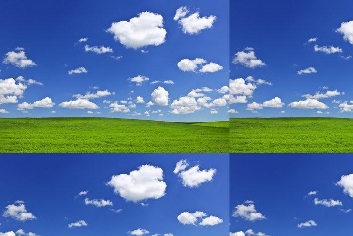 Tapeta Pixerstick Zelené kopce pod modrou oblohou - Venkov