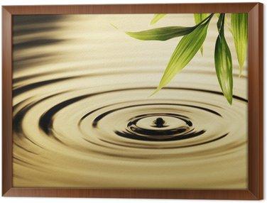 Tavla i Ram Färsk bambu blad över vatten