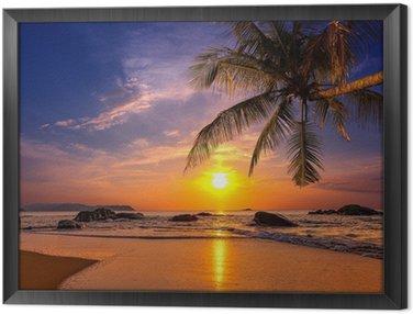 Tavla i Ram Solnedgång över havet. Province Khao Lak i Thailand