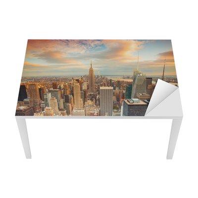 Tischaufkleber und Schreibtischaufkleber New York City bei Sonnenuntergang mit Blick auf Manhattan