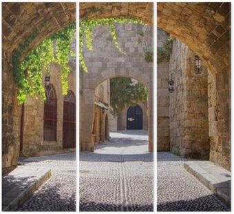 Triptych Středověká klenuté ulice ve starém městě Rhodos, Řecko
