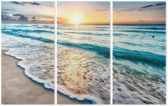 Triptyk Soluppgång över stranden i Cancun