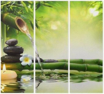 Triptyk Spa stenar i trädgården med vattenflöde