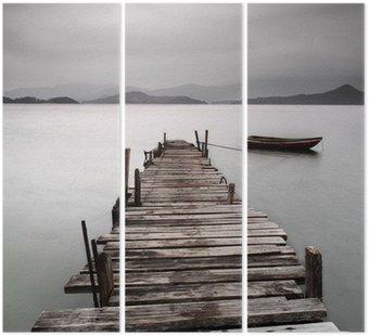 Triptyque Donnant sur un quai et un bateau, une faible saturation