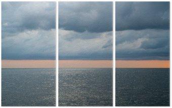 Triptyque Nuageux ciel orageux spectaculaire sur la mer