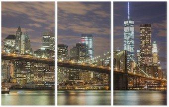 Tryptyk Brooklyn Bridge i wieżowce downtown w Nowym Jorku na zmierzchu