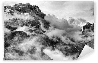 Tvättbar Fototapet Dolomiterna Berg Svartvitt